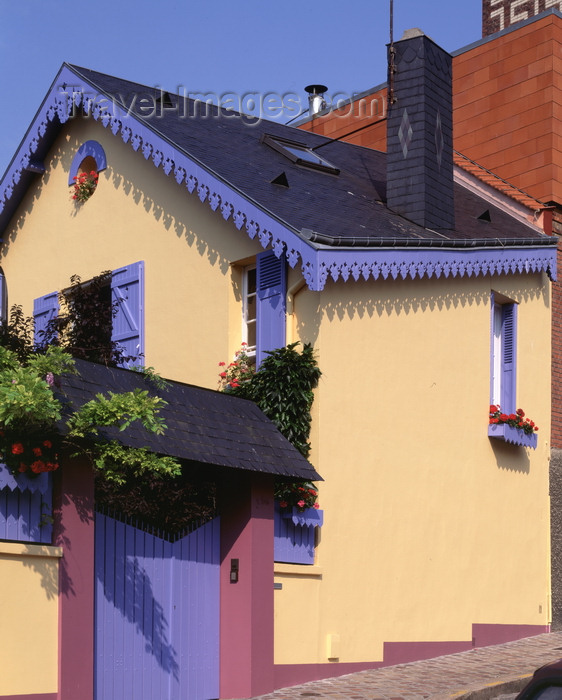 france494: Le Havre, Seine-Maritime, Haute-Normandie, France: small house - photo by A.Bartel - (c) Travel-Images.com - Stock Photography agency - Image Bank