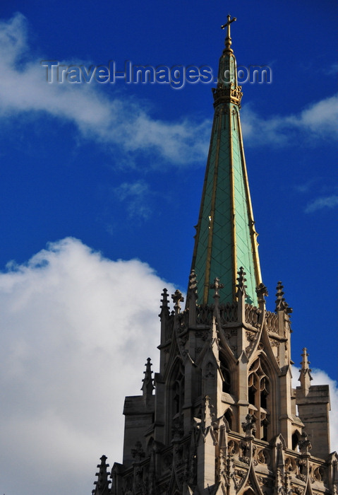 france518: Paris, France: spire of the American Church in Paris with crocket capitals - interdenominational church - neo-Gothic architecture by Carrol Greenough - Quai d'Orsay - église américaine de Paris - 7e arrondissement - photo by M.Torres - (c) Travel-Images.com - Stock Photography agency - Image Bank