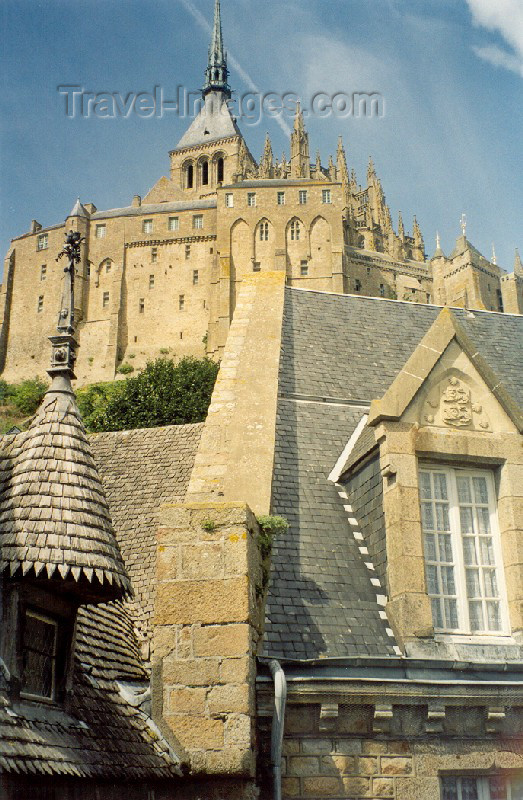 france54: France - Mont-St-Michel (Avranches commune, Manche, Basse-Normandie): the auster walls and spire of the abbey - Unesco world heritage site - photo by A.Baptista - (c) Travel-Images.com - Stock Photography agency - Image Bank