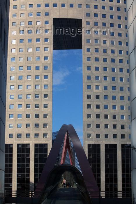 france632: Paris: office building - tour Pacific / Arcelor - La Défense - architect Kisho Kurokawa - Puteaux - photo by Y.Guichaoua - (c) Travel-Images.com - Stock Photography agency - Image Bank