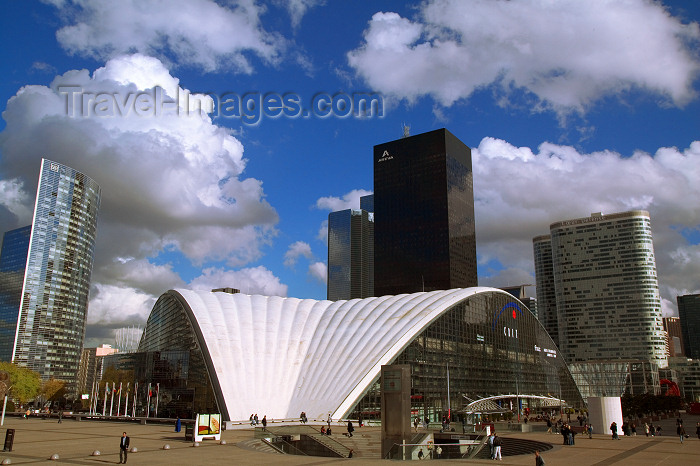 france635: Paris: CNIT - La Défense - département des Hauts-de-Seine - photo by Y.Guichaoua - (c) Travel-Images.com - Stock Photography agency - Image Bank