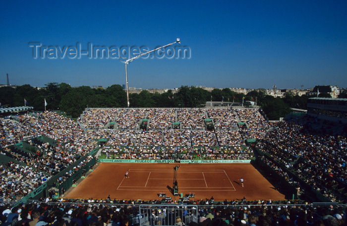 france636: Paris, France: tennis - Roland Garros Tournament - Les Internationaux de France - Grand Slam - Clay court - French Open - Court Philippe Chatrier - Porte d'Auteuil - photo by Y.Guichaoua - (c) Travel-Images.com - Stock Photography agency - Image Bank