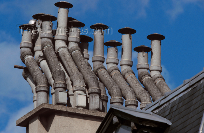 france644: Paris, France: twisted chimneys - photo by Y.Guichaoua - (c) Travel-Images.com - Stock Photography agency - Image Bank
