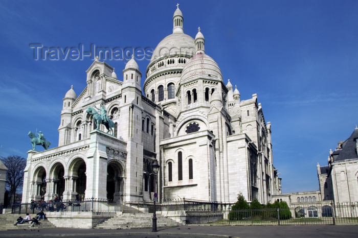 france657: Paris, France: Sacré-Coeur basilica - Montmartre - photo by Y.Guichaoua - (c) Travel-Images.com - Stock Photography agency - Image Bank
