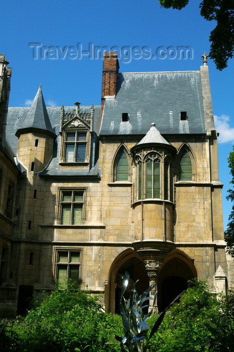 france673: Paris, France: Hôtel de Cluny - Musée National du Moyen Âge - Medieval Museum - place Paul Painlevé - Latin Quarter - photo by Y.Guichaoua - (c) Travel-Images.com - Stock Photography agency - Image Bank