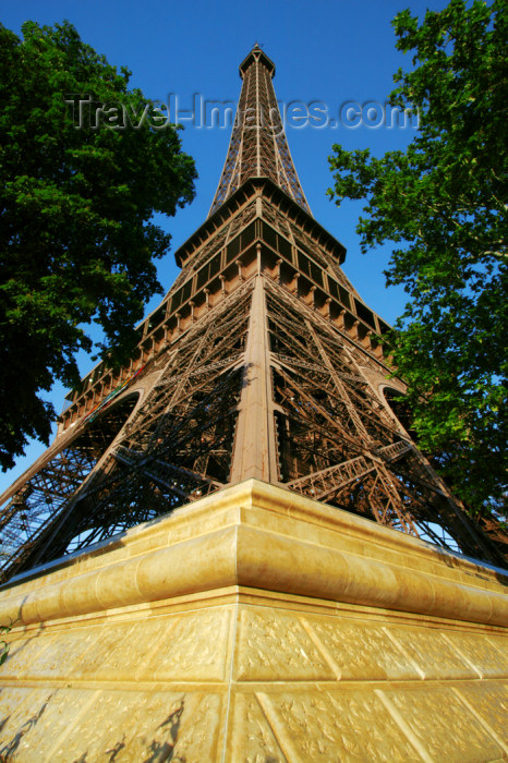 france708: Paris: Eiffel Tower - from the foundation - 7ème arrondissement - photo by Y.Guichaoua - (c) Travel-Images.com - Stock Photography agency - Image Bank