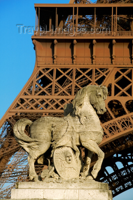 france709: Paris: Eiffel Tower from Iena bridge - equestrian sculpture - photo by Y.Guichaoua - (c) Travel-Images.com - Stock Photography agency - Image Bank