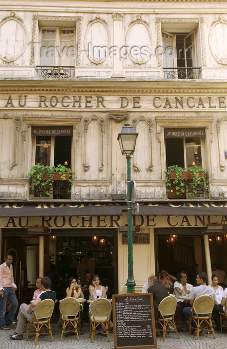 france718: Paris, France: Montorgueil street - restaurant Le Rocher de Cancale - Châtelet-Les Halles - Ier - photo by Y.Guichaoua - (c) Travel-Images.com - Stock Photography agency - Image Bank