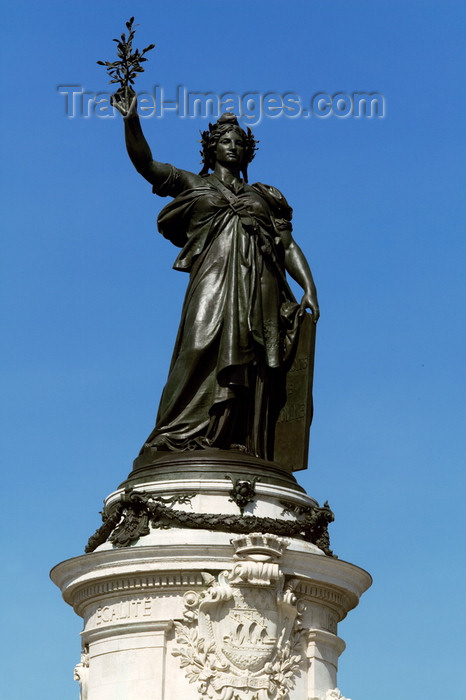 france725: Paris: statue of the French republic - Place de la République - photo by Y.Guichaoua - (c) Travel-Images.com - Stock Photography agency - Image Bank