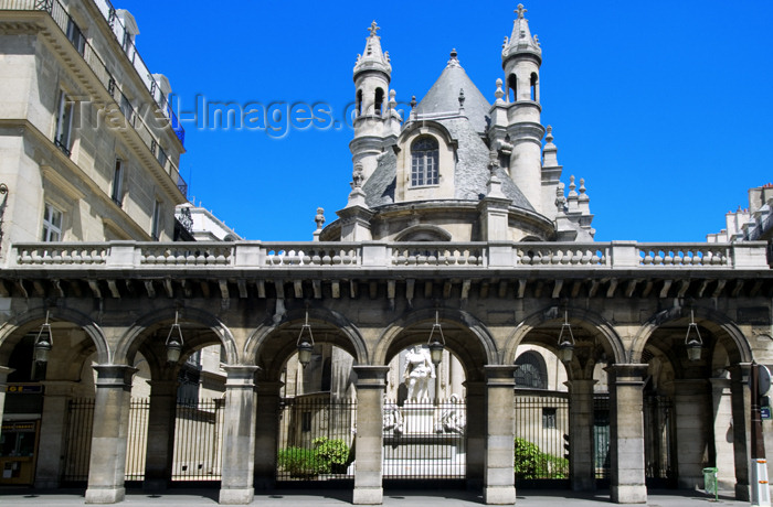 france734: Paris, France: Rivoli street - protestant church - huguenot - photo by Y.Guichaoua - (c) Travel-Images.com - Stock Photography agency - Image Bank