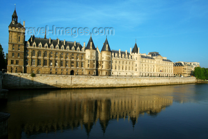 france742: Paris, France: La Conciergerie - ancient prison - île de la Cité - photo by Y.Guichaoua - (c) Travel-Images.com - Stock Photography agency - Image Bank