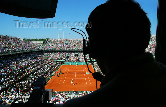 france743: Paris: Journalist silhouette at Tennis Roland Garros tournament - Philippe Chatrier court - sport - French Open - Grand Slam - XVIeme - photo by Y.Guichaoua - (c) Travel-Images.com - Stock Photography agency - Image Bank