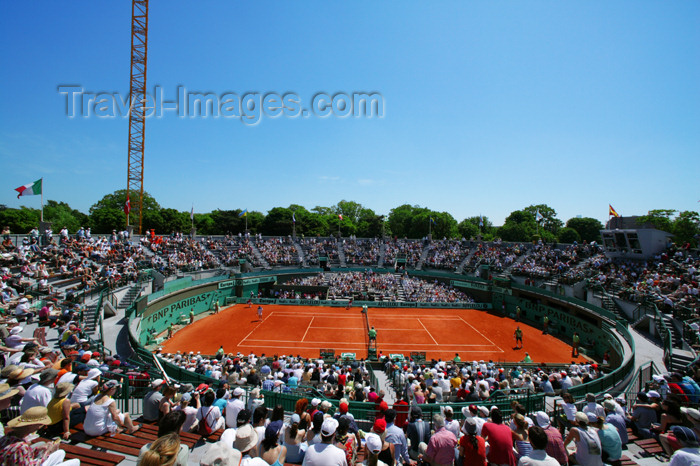 france745: Paris, France: tennis - Roland Garros tournamenton court number one - Stade Roland Garros - photo by Y.Guichaoua - (c) Travel-Images.com - Stock Photography agency - Image Bank