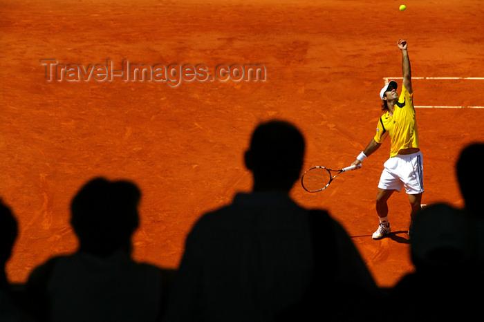 france746: Paris, France: Tennis Roland Garros tournament - tournoi de Roland-Garros - serving - photo by Y.Guichaoua - (c) Travel-Images.com - Stock Photography agency - Image Bank