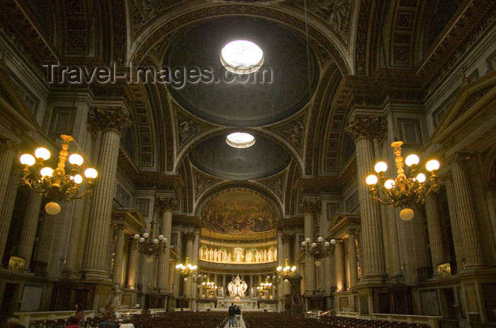france756: Paris, France: Madeleine church - inside - nave - photo by Y.Guichaoua - (c) Travel-Images.com - Stock Photography agency - Image Bank