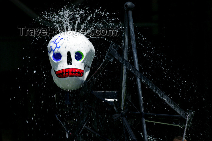 france781: 781 Paris: Mexican skull - Stravinsky fountain - sculptural machine or kinetic art - photo by Y.Guichaoua - (c) Travel-Images.com - Stock Photography agency - Image Bank