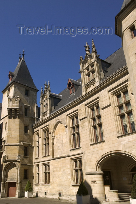 france805: Paris, France: Hôtel de Sens - Forney art library - Le Marais - photo by Y.Guichaoua - (c) Travel-Images.com - Stock Photography agency - Image Bank