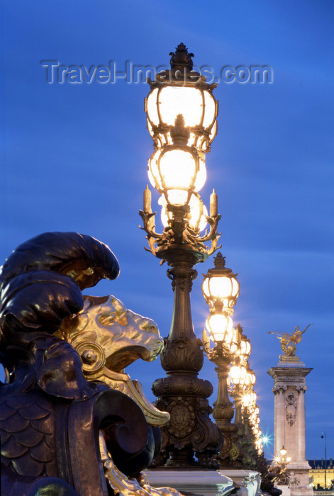 france85: Paris, France: Alexandre III bridge - lion and street lamps - photo by A.Bartel - (c) Travel-Images.com - Stock Photography agency - Image Bank