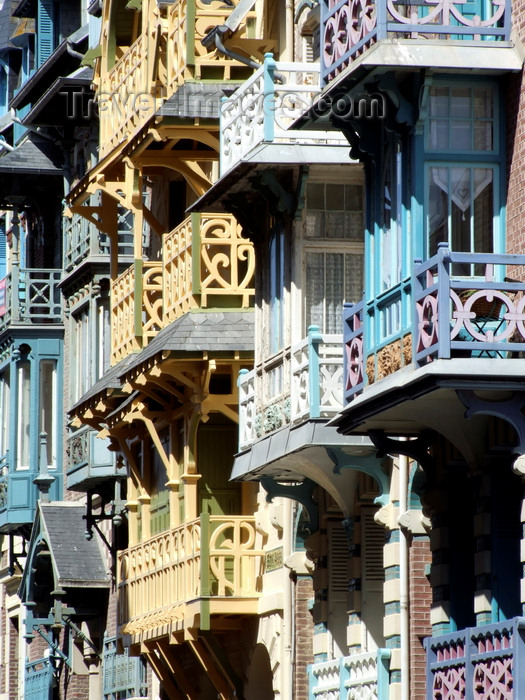 france94: Mers-les-Bains, Somme department, Picardie, France: ornate Belle-Epoque wooden balconies - Esplanade du Général Leclerc - Côte d'Opale - photo by A.Bartel - (c) Travel-Images.com - Stock Photography agency - Image Bank