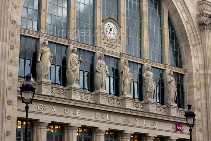 france949: Paris, France: Gare du Nord railway station - statues and clock above the main entrance - architect Jacques Hittorff - rue de Maubeuge, 10e arrondissement - photo by A.Bartel - (c) Travel-Images.com - Stock Photography agency - Image Bank