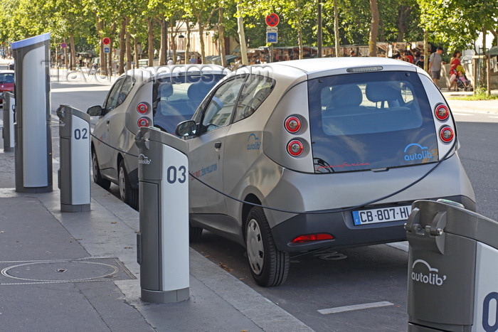 france957: Paris, France: Pininfarina designed Bolloré Bluecar cars of the Autolib' electric car sharing service at a charging station - photo by A.Bartel - (c) Travel-Images.com - Stock Photography agency - Image Bank