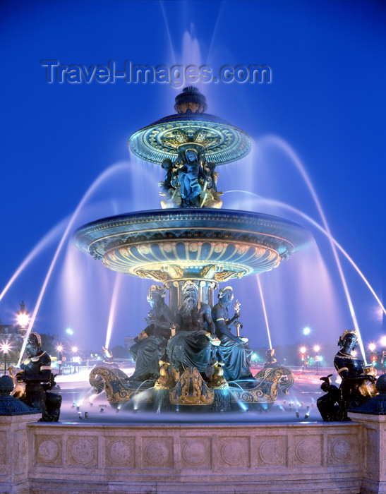 france96: Paris, France: Place de la Concorde - Fontaine des Mers - fountain designed by the architect Jacques Ignace Hittorff - photo by A.Bartel - (c) Travel-Images.com - Stock Photography agency - Image Bank