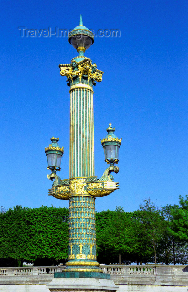 france97: France - Paris: lamp-post outside Jardin des Tuileries - Colonne rostrale - rive droite - Ier - photo by D.Jackson - (c) Travel-Images.com - Stock Photography agency - Image Bank