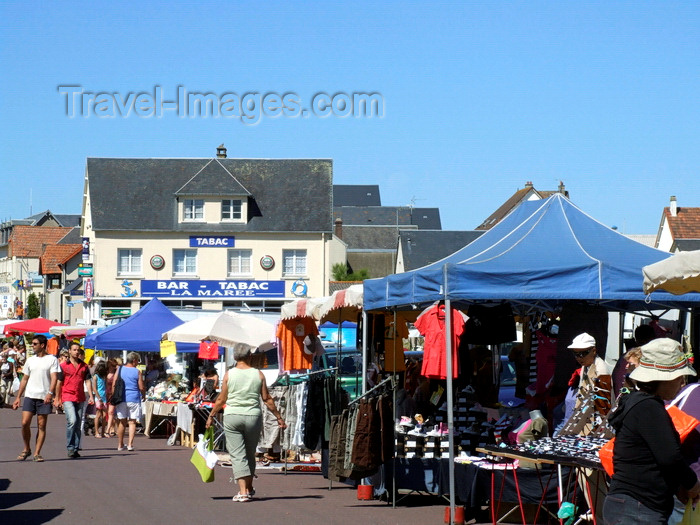 france976: Pirou Plage, Manche, Basse-Normandie, France: market scene - photo by A.Bartel - (c) Travel-Images.com - Stock Photography agency - Image Bank
