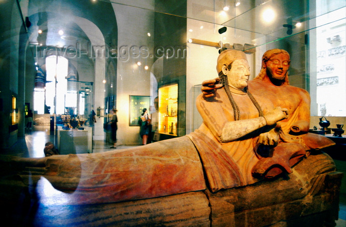 france996: Paris, France: the 'Sarcophagus of the Spouses' - Etruscan Art from the Banditaccia necropolis Caere (modern Cerveteri), Louvre Museum - 1er arrondissement - photo by K.Gapys - (c) Travel-Images.com - Stock Photography agency - Image Bank