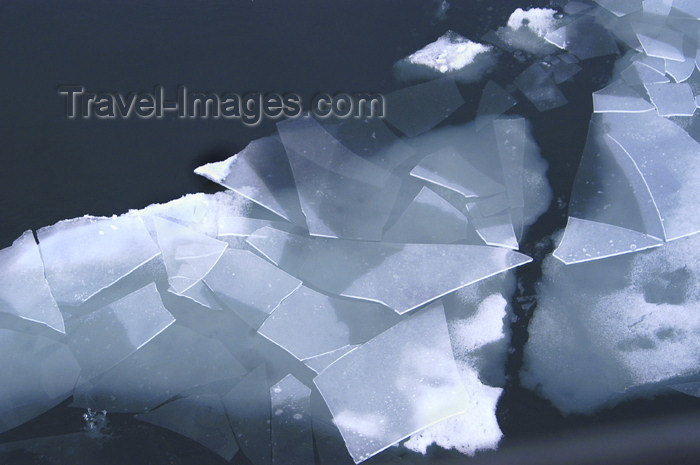 franz-josef37: Franz Josef Land Ice shards - Arkhangelsk Oblast, Northwestern Federal District, Russia - photo by Bill Cain - (c) Travel-Images.com - Stock Photography agency - Image Bank