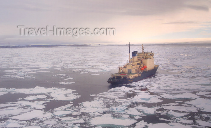 franz-josef75: Franz Josef Land Ship Kapitan Dranitsyn in pack ice from a helicopter - Arkhangelsk Oblast, Northwestern Federal District, Russia - photo by Bill Cain - (c) Travel-Images.com - Stock Photography agency - Image Bank