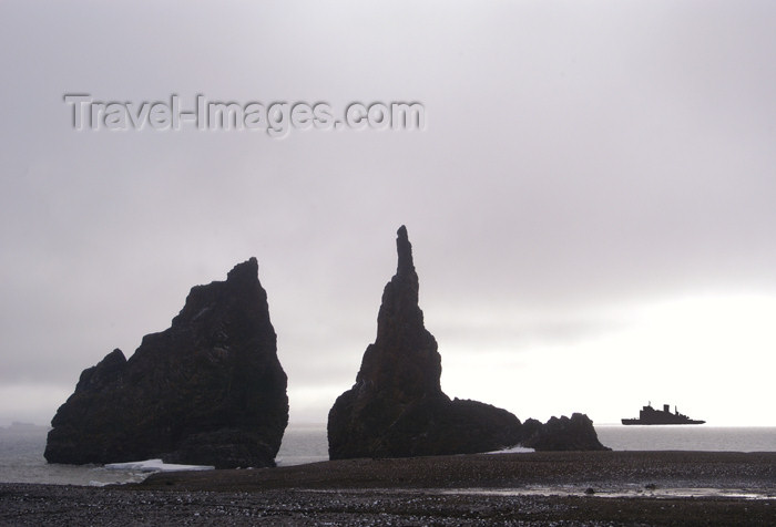 franz-josef88: Franz Josef Land twin Spires with ship, Cape Tegethoff, Hall Island - Arkhangelsk Oblast, Northwestern Federal District, Russia - photo by Bill Cain - (c) Travel-Images.com - Stock Photography agency - Image Bank
