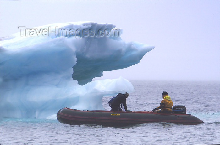 franz-josef93: Franz Josef Land Zodiac motoring around small iceberg, Jackson Island - Arkhangelsk Oblast, Northwestern Federal District, Russia - photo by Bill Cain - (c) Travel-Images.com - Stock Photography agency - Image Bank