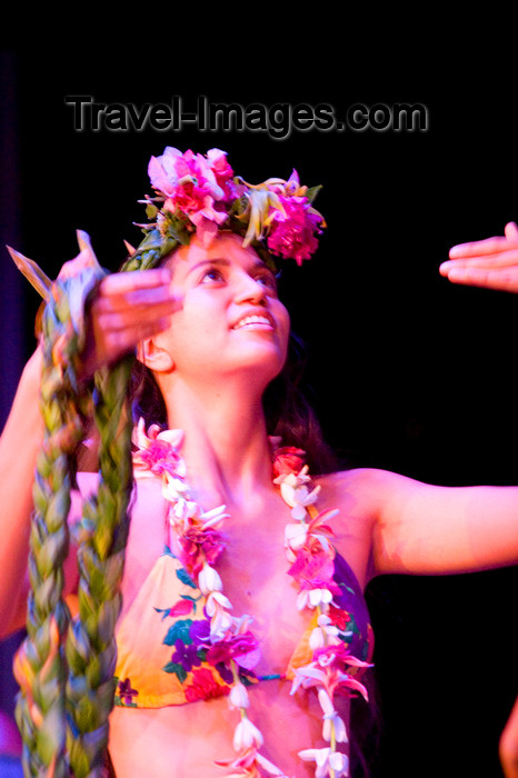french-polynesia49: Papeete, Tahiti, French Polynesia: Tahitian Dance Show, like a Heiva - photo by D.Smith - (c) Travel-Images.com - Stock Photography agency - Image Bank