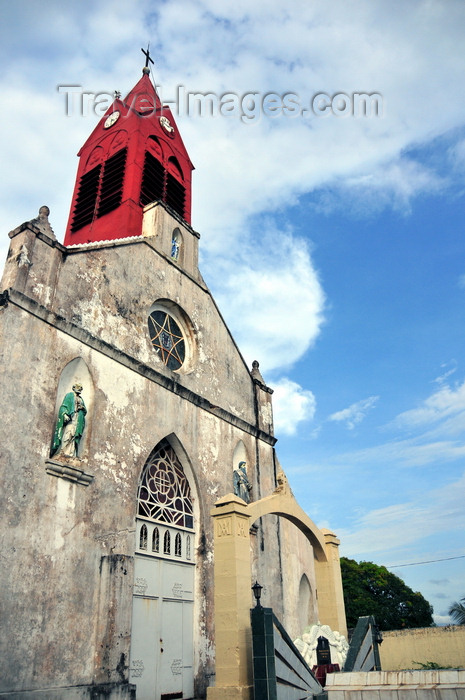 gabon5: Libreville, Estuaire Province, Gabon: old Saint Mary's cathedral - Notre-Dame de Neiges - photo by M.Torres - (c) Travel-Images.com - Stock Photography agency - Image Bank