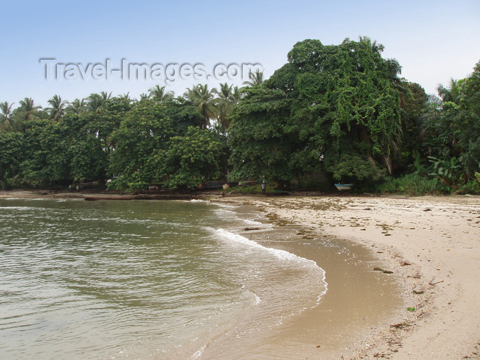 gabon7: Cap Estérias, Estuaire province, Gabon: on the beach - photo by B.Cloutier - (c) Travel-Images.com - Stock Photography agency - Image Bank