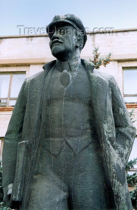 gagauzia2: Comrat / Komrat, Gagauzia, Moldova: V.I. Lenin is still around - Prospekt Lenin - photo by M.Torres - (c) Travel-Images.com - Stock Photography agency - Image Bank