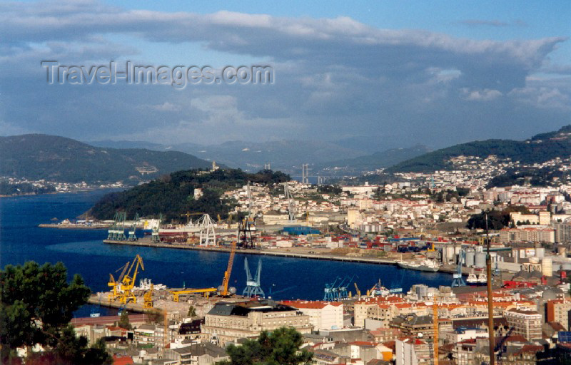 galicia3: Galicia / Galiza - Vigo (Pontevedra  province): the harbour from the fort - do castelo do Castro - Ria de Vigo - photo by M.Torres - (c) Travel-Images.com - Stock Photography agency - Image Bank