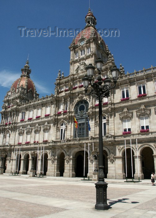 galicia37: Galicia / Galiza - A Coruña (provincia da Corunha): Casa do Concelho - Praça Maria Pita - City Hall - Maria Pita square (photo by Rui Vale de Sousa) - (c) Travel-Images.com - Stock Photography agency - Image Bank