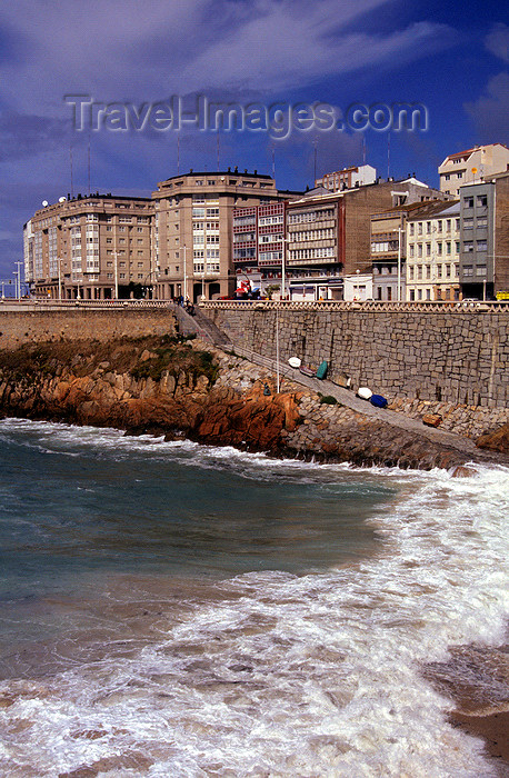 galicia61: Galicia / Galiza - A Coruña: the seafront - Atlantic Ocean - photo by S.Dona' - (c) Travel-Images.com - Stock Photography agency - Image Bank