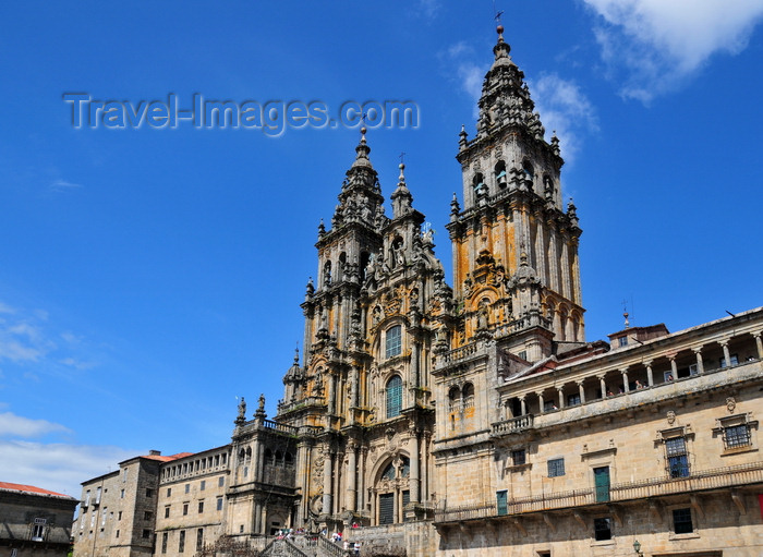 galicia95: Santiago de Compostela, Galicia / Galiza, Spain: the Cathedral - western façade designed by Fernando Casas y Nóvoa - goal of the Way of St. James - photo by M.Torres - (c) Travel-Images.com - Stock Photography agency - Image Bank