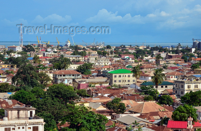 gambia50: Banjul, The Gambia: city center skyline, river and harbor view - photo by M.Torres - (c) Travel-Images.com - Stock Photography agency - Image Bank
