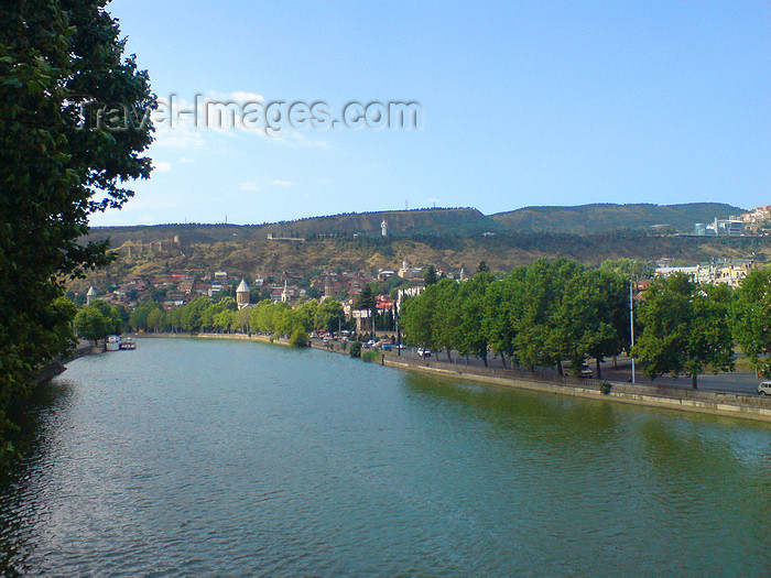 georgia112: Georgia - Tbilisi: Mtkvari (Kura) River - photo by N.Mahmudova - (c) Travel-Images.com - Stock Photography agency - Image Bank
