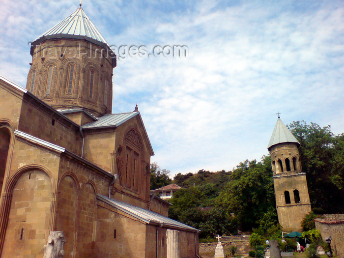 georgia133: Georgia - Mtskheta - Samtavro monastery - nunnery housing the tombs of Queen Nana and King Mirian - photo by N.Mahmudova - (c) Travel-Images.com - Stock Photography agency - Image Bank