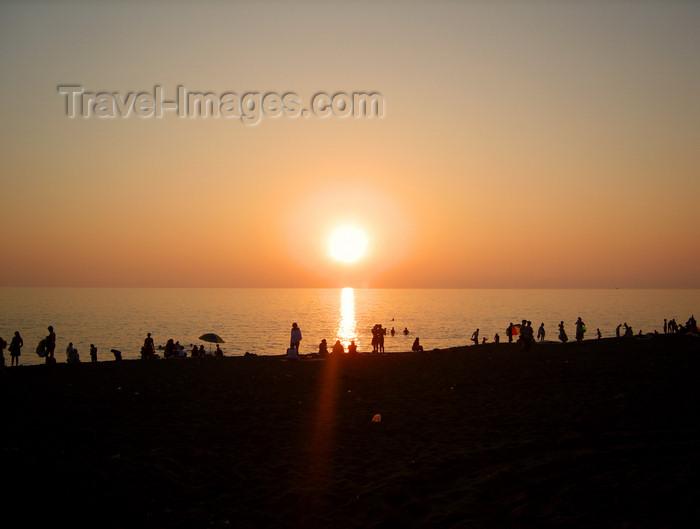 georgia145: Georgia - Ureki, Guria region: beach at sunset - Black sea - Karadeniz - photo by S.Hovakimyan - (c) Travel-Images.com - Stock Photography agency - Image Bank