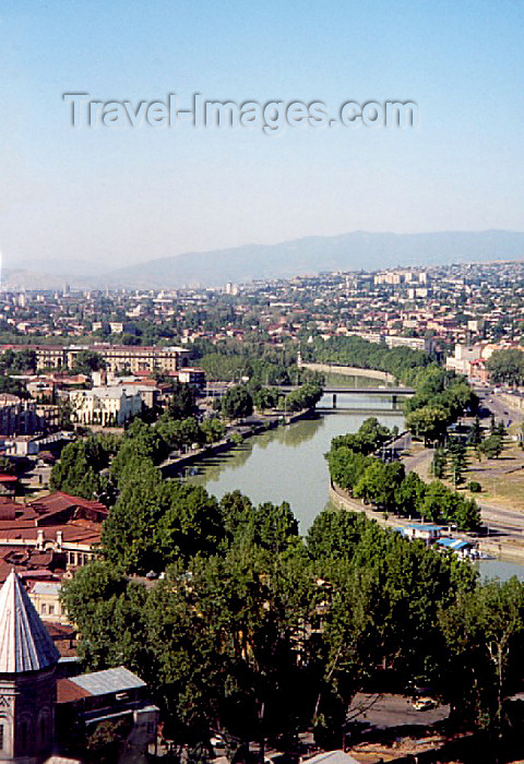 georgia18: Georgia - Tbilisi / Tblissi / TBS: the Mktvari / Kura river from Narikala (photo by M.Torres) - (c) Travel-Images.com - Stock Photography agency - Image Bank