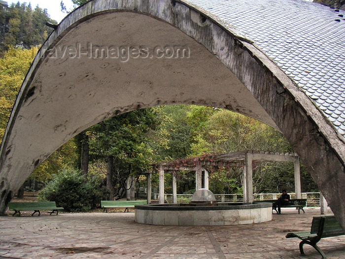 georgia54: Georgia - Borjomi: parabolic concrete arch over a mineral water fountain - Mineral Water Park (photo by Austin Kilroy) - (c) Travel-Images.com - Stock Photography agency - Image Bank