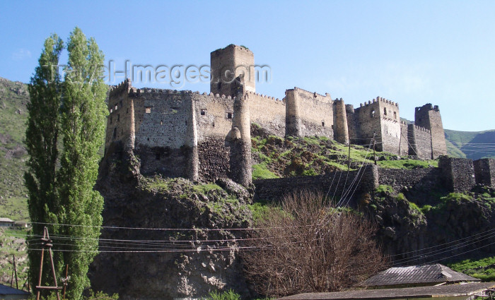 georgia99: Georgia - Khertvisi - Samtskhe-Javakheti region: the fortress - 14th century - Festung - photo by L.McKay - (c) Travel-Images.com - Stock Photography agency - Image Bank