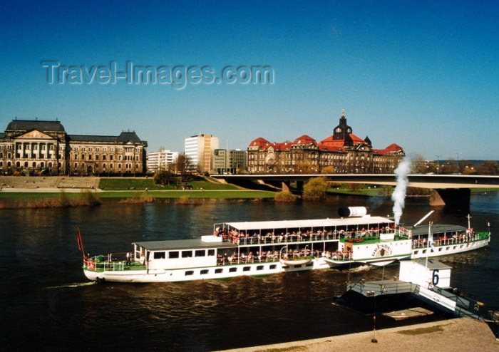 germany104: Germany / Deutschland -  Dresden (Saxony / Sachsen / Sakska): Steam ship on the river Elbe (photo by J.Kaman) - (c) Travel-Images.com - Stock Photography agency - Image Bank