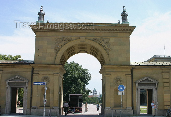 germany125: Germany - Bavaria - Munich: arch on Odeonsplatz by the Residenz (photo by C.Blam) - (c) Travel-Images.com - Stock Photography agency - Image Bank